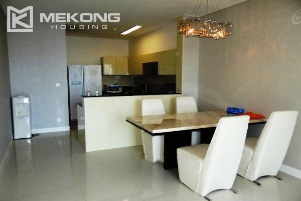 Spacious and modern furnished apartment with 3 bedrooms for rent in Keangnam Hanoi Tower 3