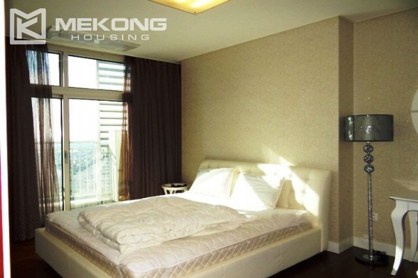 Spacious and modern furnished apartment with 3 bedrooms for rent in Keangnam Hanoi Tower 12
