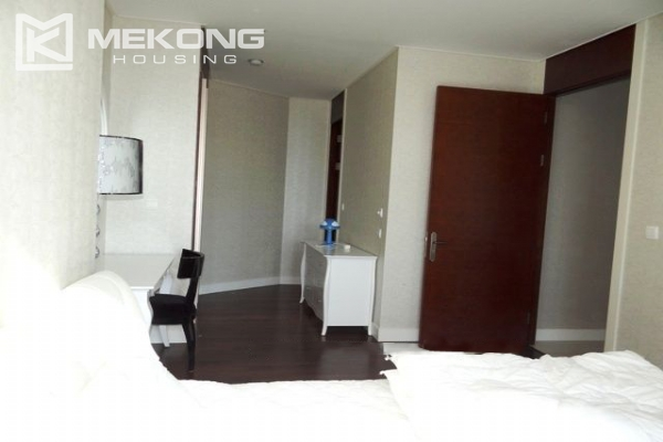 Spacious and modern furnished apartment with 3 bedrooms for rent in Keangnam Hanoi Tower 13