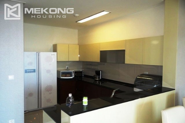 Spacious and modern furnished apartment with 3 bedrooms for rent in Keangnam Hanoi Tower 6