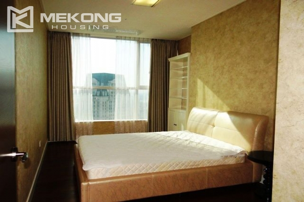 Spacious and modern furnished apartment with 3 bedrooms for rent in Keangnam Hanoi Tower 7