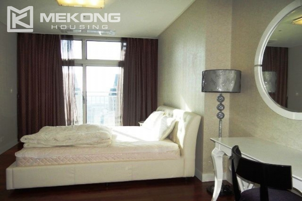 Spacious and modern furnished apartment with 3 bedrooms for rent in Keangnam Hanoi Tower 16