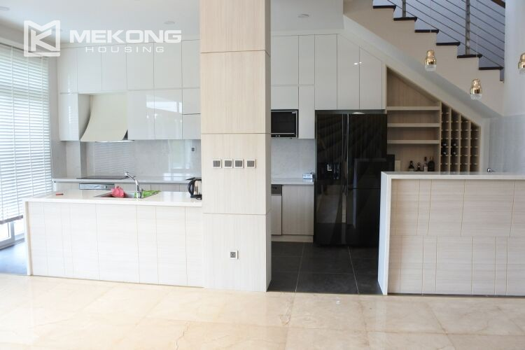 Spacious and modern villa with 5 bedrooms for rent in Q block Ciputra Hanoi 4