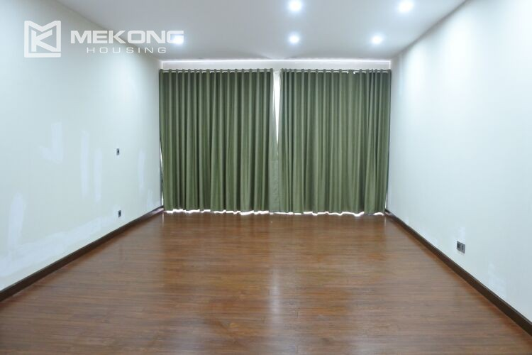 Spacious and modern villa with 5 bedrooms for rent in Q block Ciputra Hanoi 11