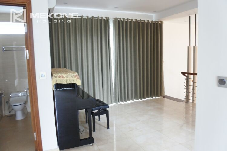 Spacious and modern villa with 5 bedrooms for rent in Q block Ciputra Hanoi 9