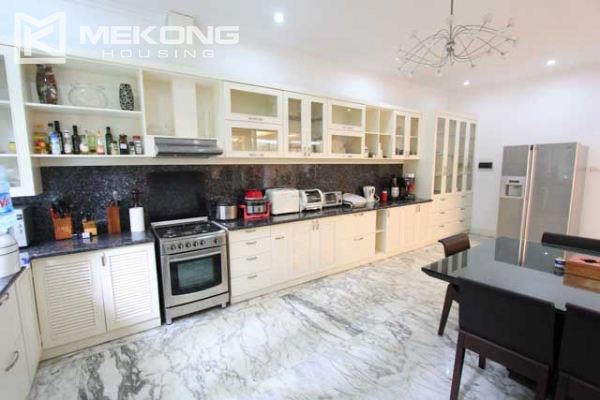 Spacious and modern villa with large garden for rent in Tay Ho district 12