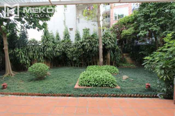 Spacious and modern villa with large garden for rent in Tay Ho district 13
