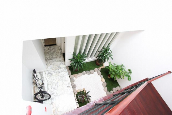 Spacious and modern villa with large garden for rent in Tay Ho district 18