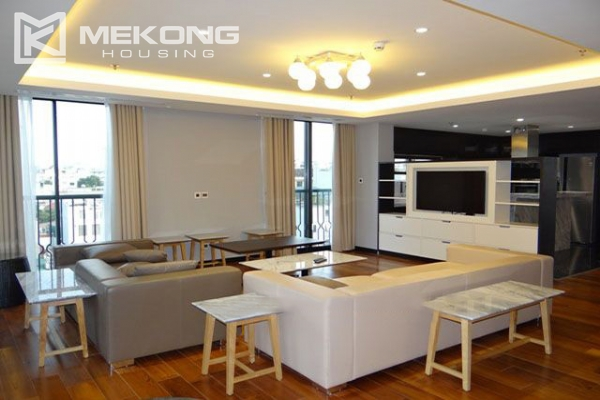 Spacious and modernly furnished apartment with 3 bedrooms for rent in Hoan Kiem district, Hanoi 1