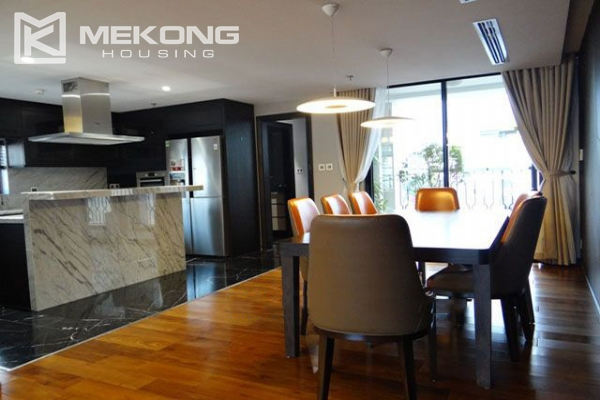 Spacious and modernly furnished apartment with 3 bedrooms for rent in Hoan Kiem district, Hanoi 6