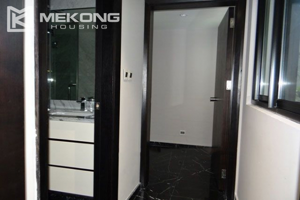 Spacious and modernly furnished apartment with 3 bedrooms for rent in Hoan Kiem district, Hanoi 11