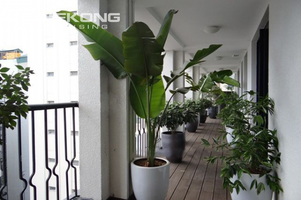 Spacious and modernly furnished apartment with 3 bedrooms for rent in Hoan Kiem district, Hanoi 15