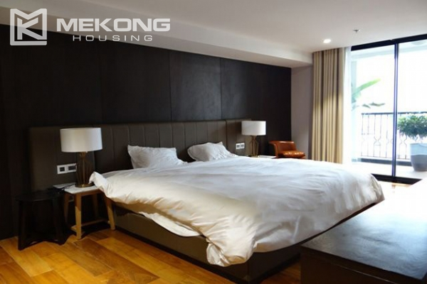 Spacious and modernly furnished apartment with 3 bedrooms for rent in Hoan Kiem district, Hanoi 17