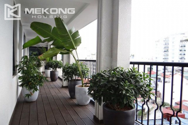 Spacious and modernly furnished apartment with 3 bedrooms for rent in Hoan Kiem district, Hanoi 4
