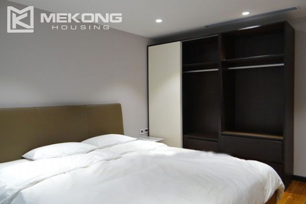 Spacious and modernly furnished apartment with 3 bedrooms for rent in Hoan Kiem district, Hanoi 12
