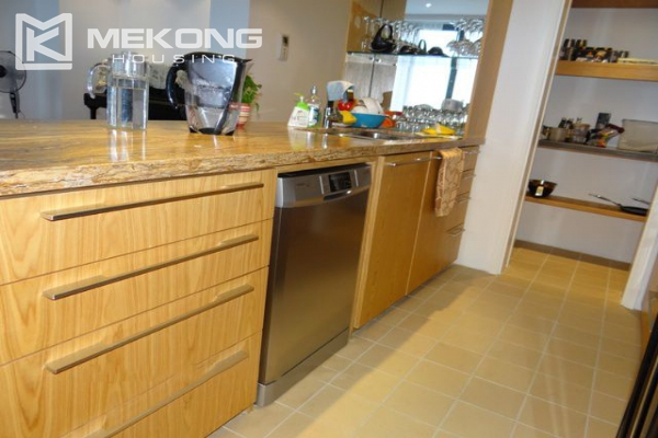 Spacious and well designed apartment with 3 bedrooms for rent in Indochina Plaza Hanoi 6