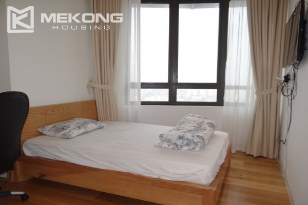 Spacious and well designed apartment with 3 bedrooms for rent in Indochina Plaza Hanoi 11