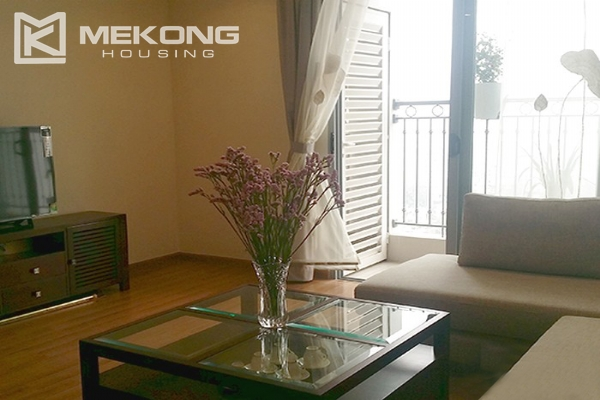 Spacious apartment with 3 bedrooms and modern furniture in Vinhomes Nguyen Chi Thanh 5