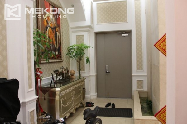 Spacious penthouse with luxury furniture for rent in Keangnam Landmark Hanoi 3