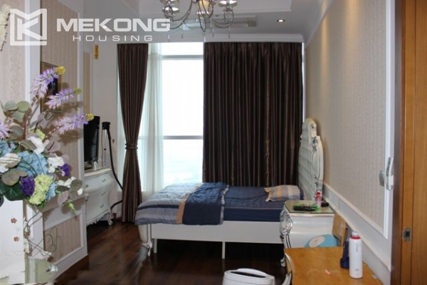 Spacious penthouse with luxury furniture for rent in Keangnam Landmark Hanoi 11