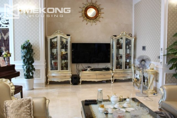 Spacious penthouse with luxury furniture for rent in Keangnam Landmark Hanoi 7