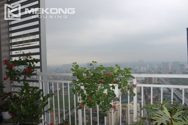 Spacious penthouse with luxury furniture for rent in Keangnam Landmark Hanoi 13