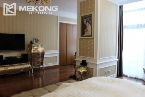 Spacious penthouse with luxury furniture for rent in Keangnam Landmark Hanoi 16