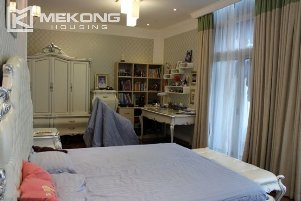 Spacious penthouse with luxury furniture for rent in Keangnam Landmark Hanoi 18
