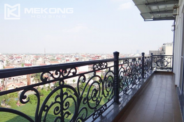 Spacious penthouse with panorama Westlake view for rent in Xuan Dieu street 11