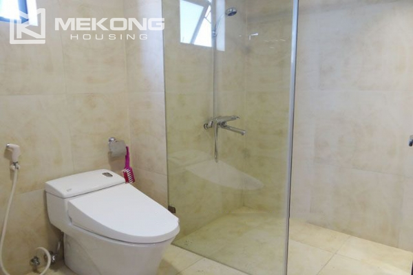 Spacious penthouse with panorama Westlake view for rent in Xuan Dieu street 8