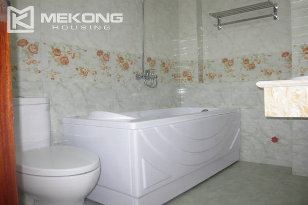 Spacious serviced apartment with 1 bedroom for rent in Van Cao street, Ba Dinh 9