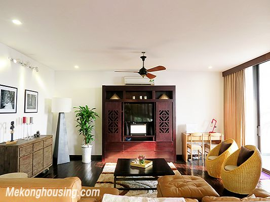 Spacious serviced apartment with 4 bedrooms, large balcony and lake view in Xom Chua, Tay Ho 6