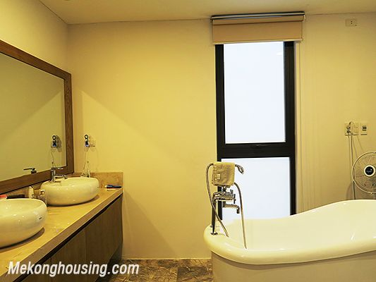 Spacious serviced apartment with 4 bedrooms, large balcony and lake view in Xom Chua, Tay Ho 14