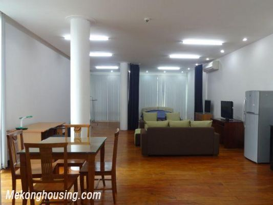 Spacious studio apartment for rent in Dang Thai Mai street, Tay Ho district, Hanoi 2