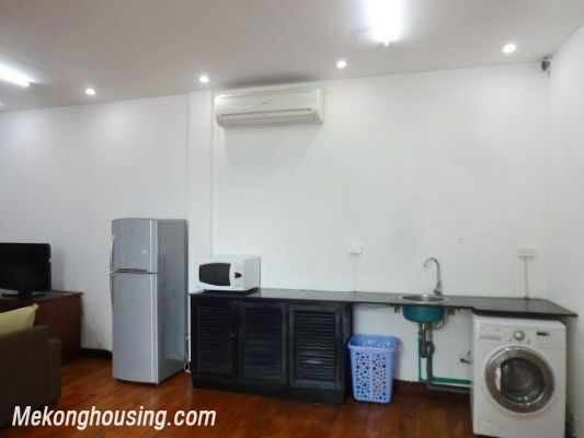 Spacious studio apartment for rent in Dang Thai Mai street, Tay Ho district, Hanoi 7