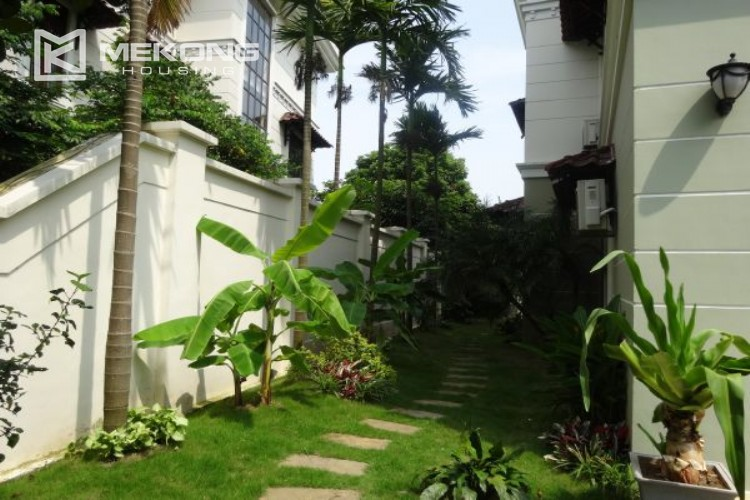 Spacious villa with 5 bedrooms for rent in C7 block, Ciputra Hanoi 6