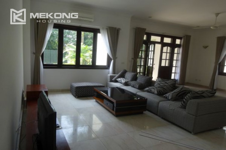 Spacious villa with 5 bedrooms for rent in C7 block, Ciputra Hanoi 9