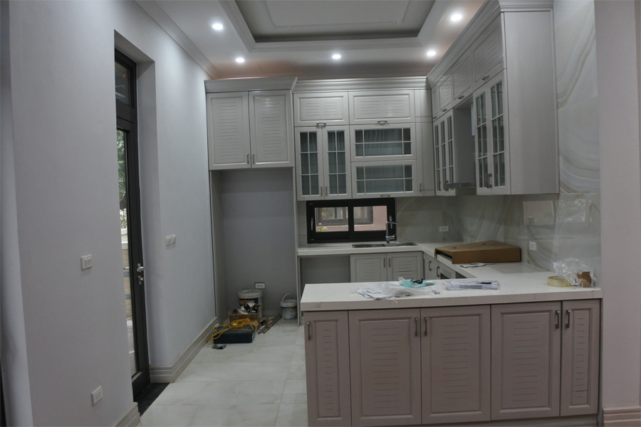 Spacious villa with 6 bedrooms for rent in Starlake, Tay Ho district. 1