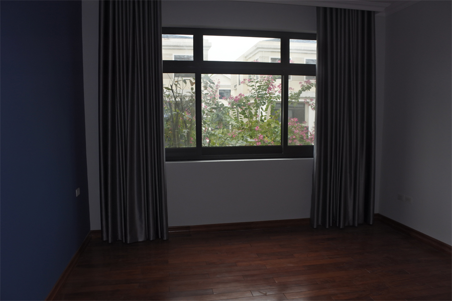 Spacious villa with 6 bedrooms for rent in Starlake, Tay Ho district. 6