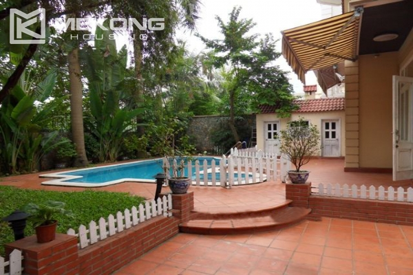 Spacious villa with large garden and out-door swimming pool for rent in To Ngoc Van street, Westlake area, Hanoi 1