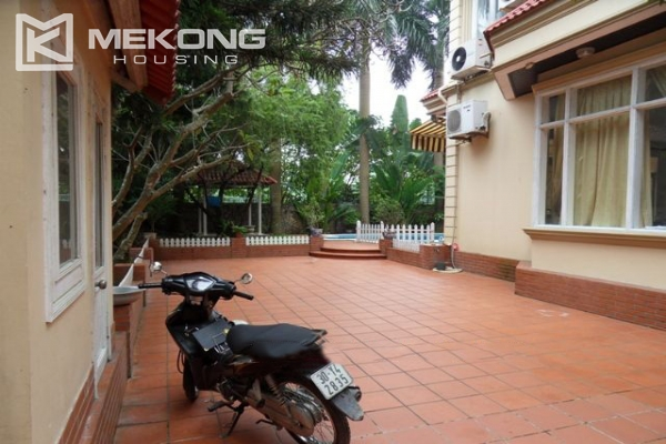 Spacious villa with large garden and out-door swimming pool for rent in To Ngoc Van street, Westlake area, Hanoi 5