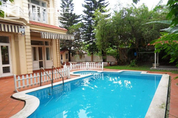 Spacious villa with large garden and out-door swimming pool for rent in To Ngoc Van street, Westlake area, Hanoi 7