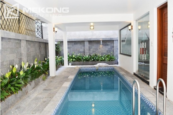 Spacious villa with swimming pool for rent in Tay Ho 2