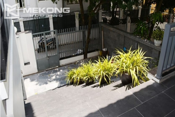 Spacious villa with swimming pool for rent in Tay Ho 6