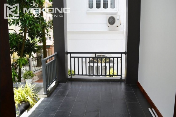 Spacious villa with swimming pool for rent in Tay Ho 7