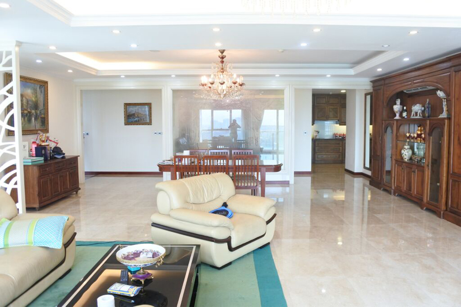 Splendid apartment with 4 bedrooms for rent in L2 tower, The Link Ciputra Hanoi 2