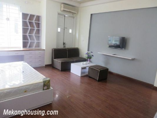 Studio serviced apartment for rent in Lang Ha street, Dong Da district, Hanoi 3