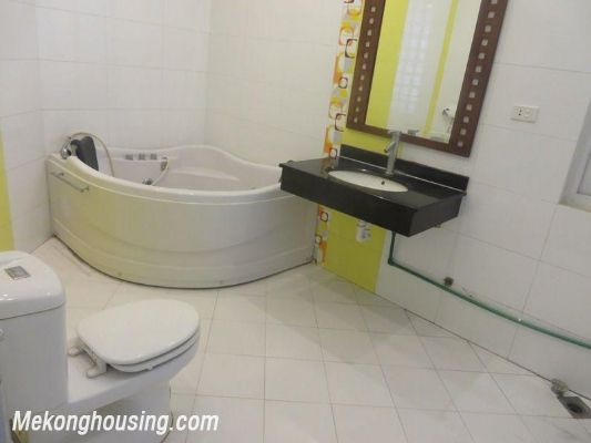 Studio serviced apartment for rent in Lang Ha street, Dong Da district, Hanoi 6