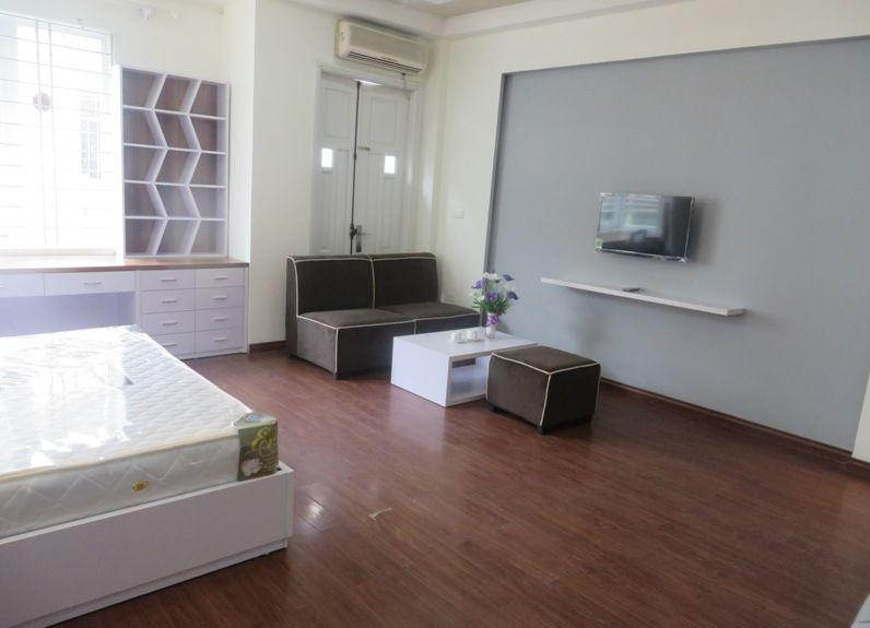 Studio serviced apartment for rent in Lang Ha street, Dong Da district, Hanoi