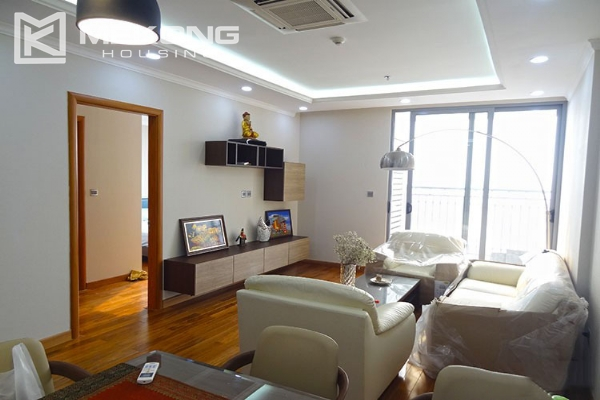 Stunning apartment with 2 bedroom and big balcony for rent in Vinhomes Nguyen Chi Thanh 1